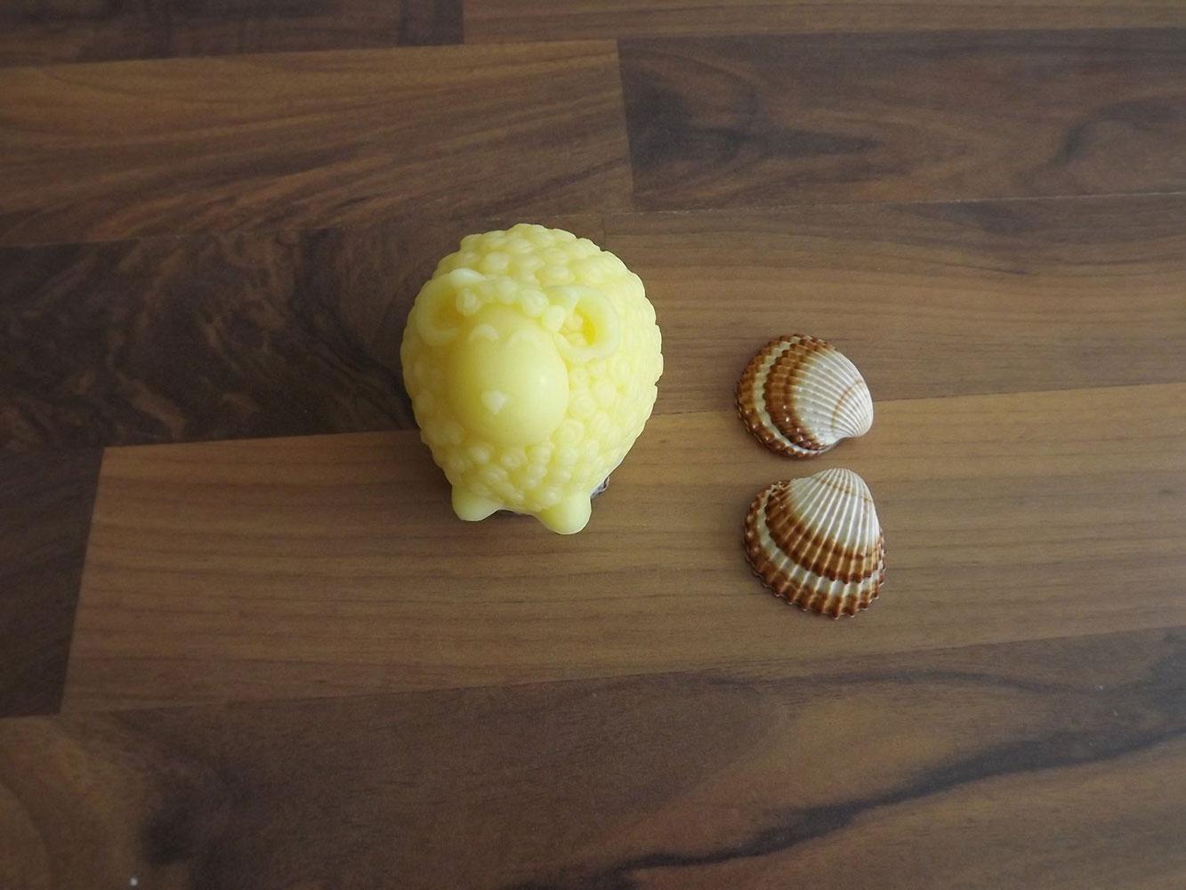 Glycerinové mýdlo s citrusovou vůní s kozím mlékem nebo bambuckým máslem ( beránek ) - Zářivá pleť, 110 g